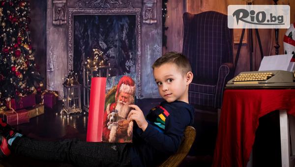 Коледна семейна фотосесия с 15, 30 или всички обработени кадъра + ефектен Коледен колаж с 55% отстъпка, от Pandzherov Photography