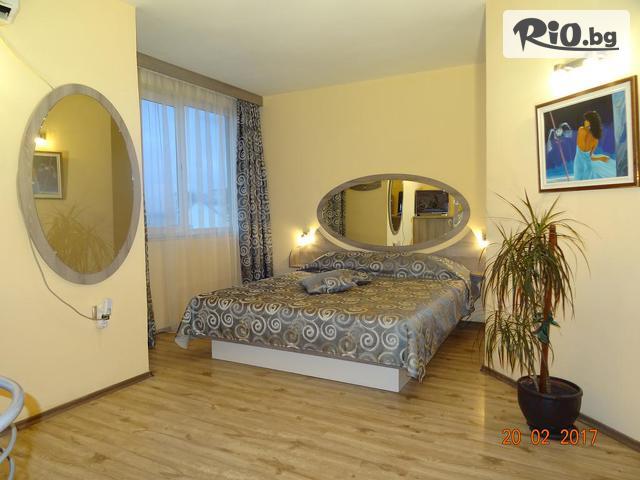 Хотел Колор Галерия #22