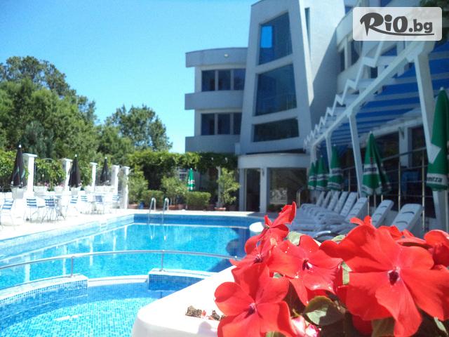 Семеен хотел Ариана Галерия #1