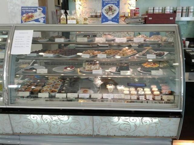 Кафе-Сладкарница Mado Мall Varna Галерия #4