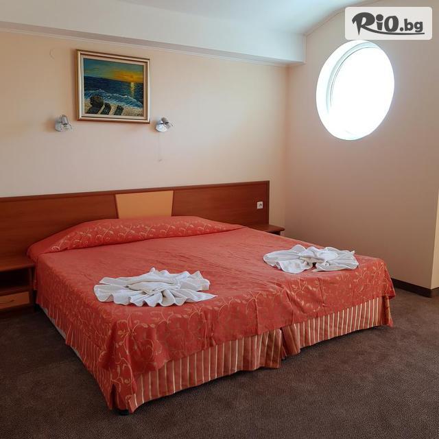 Хотел Пешев Галерия #18