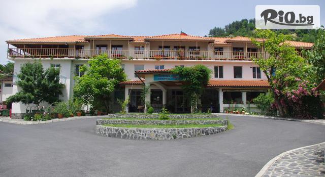 Хотелски комплекс Еди***, гр.Златоград Галерия #2