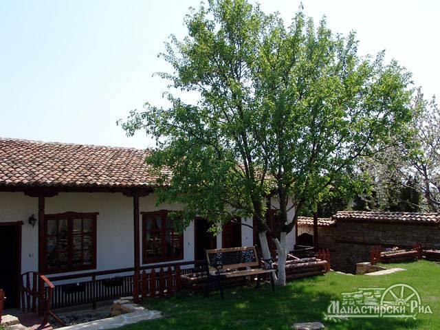 Хотели Реджина , Манастирски рид Галерия #5