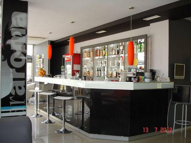 коктейл-бар и кафе-бар