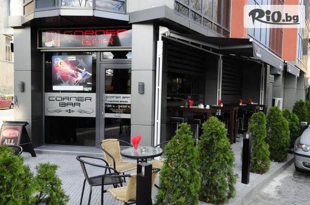 Corner bar Галерия #1
