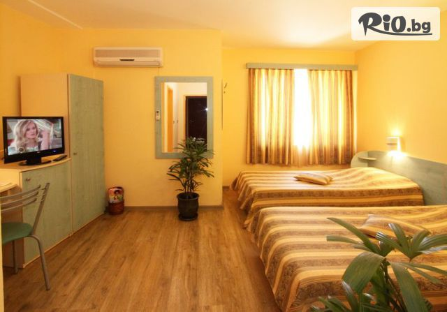 Хотел Колор Галерия #13