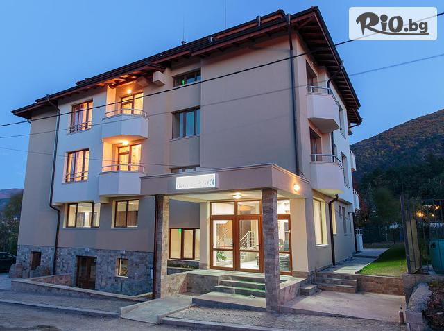 Семеен хотел Релакса Галерия снимка №1