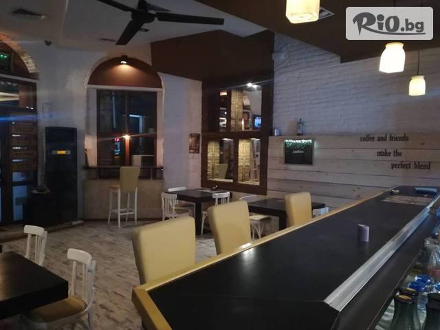 Кафе-бар БарКод Галерия #2