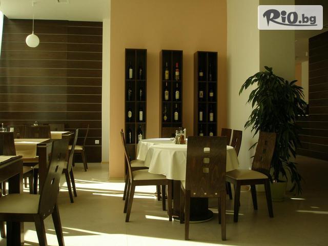 Хотел Арго Галерия #15