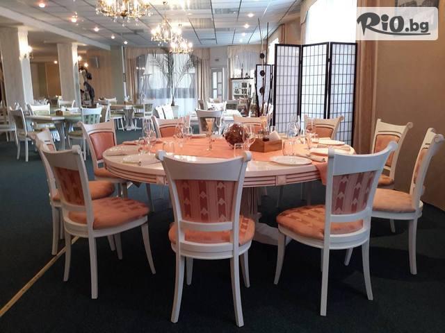 Ресторант Варна Галерия #13