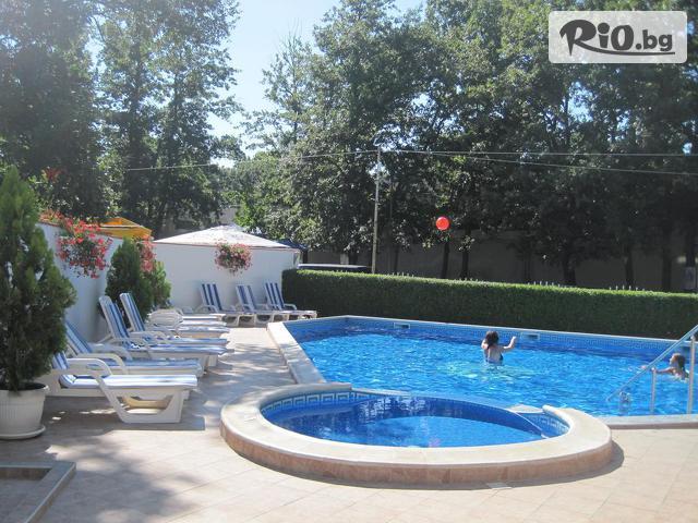 Хотел Лотос Галерия снимка №3