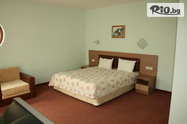 Хотел Арго Галерия #24