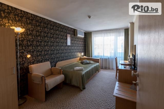 Хотел Новиз Галерия #14