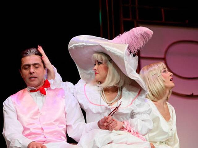 Драматичен театър Варна Галерия #2